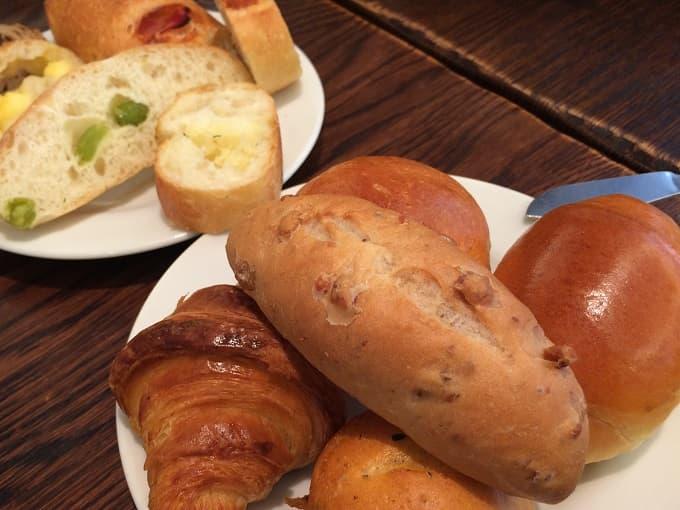 進々堂のパン食べ放題