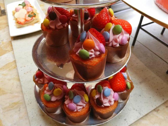 マーブルチョコレート ストロベリーカップケーキ