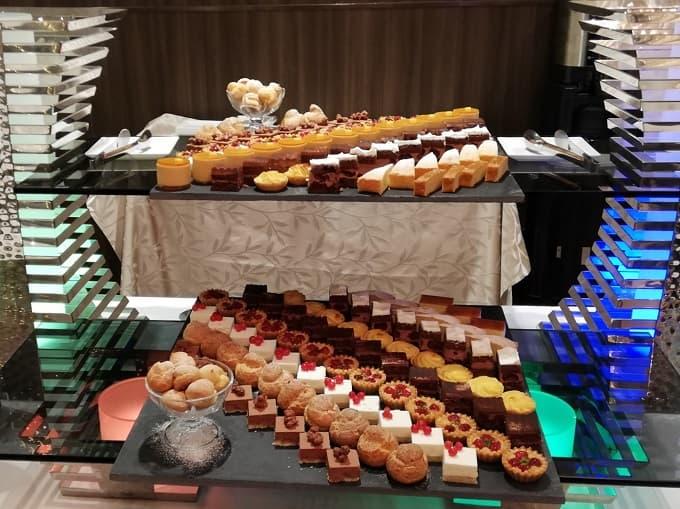 リーガロイヤルホテル京都の新春ファミリービュッフェのシェフパティシエ特製デザート