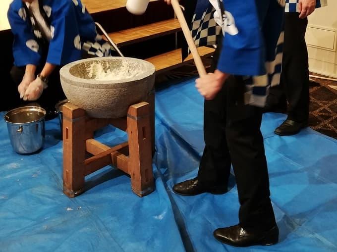 リーガロイヤルホテル京都の新春ファミリービュッフェの餅つき