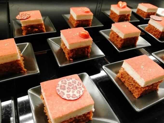 ベルベットカーペットケーキ