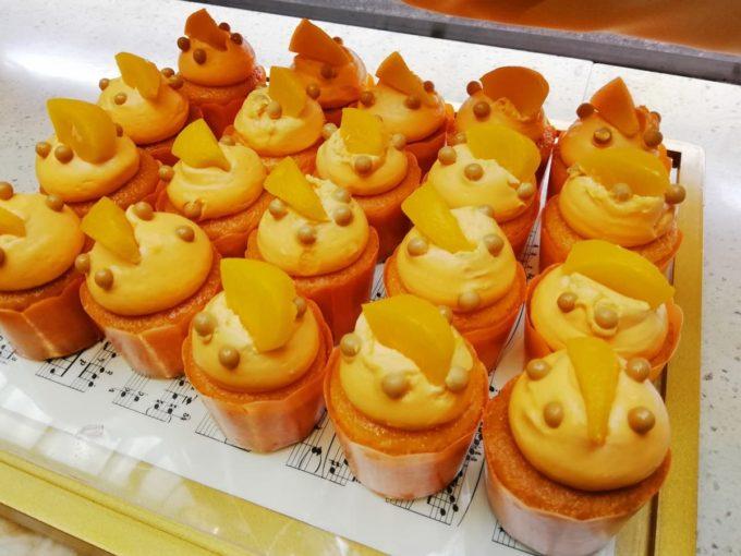 ピーチカップケーキ オレンジ