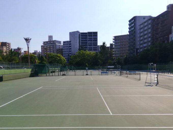 靱公園テニスコート