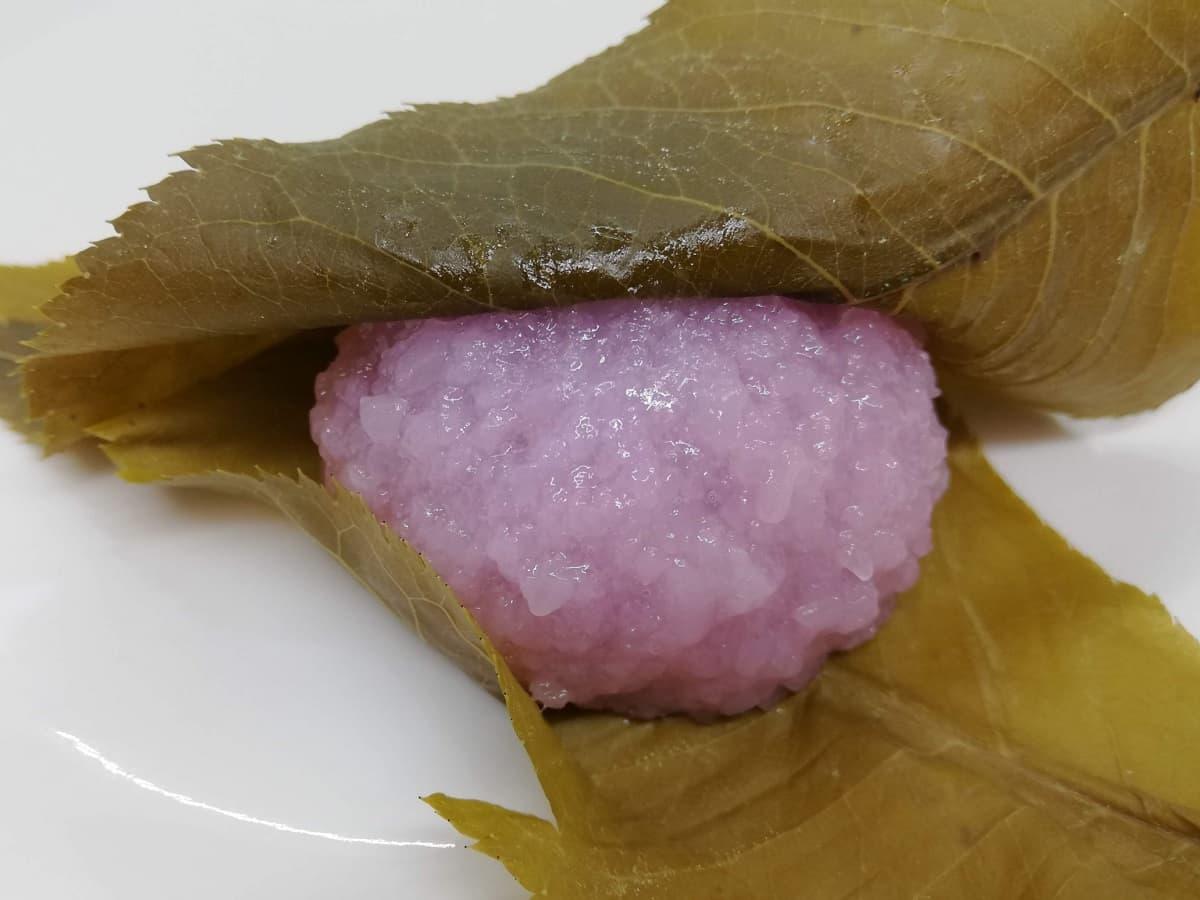 鶴屋八幡の桜餅