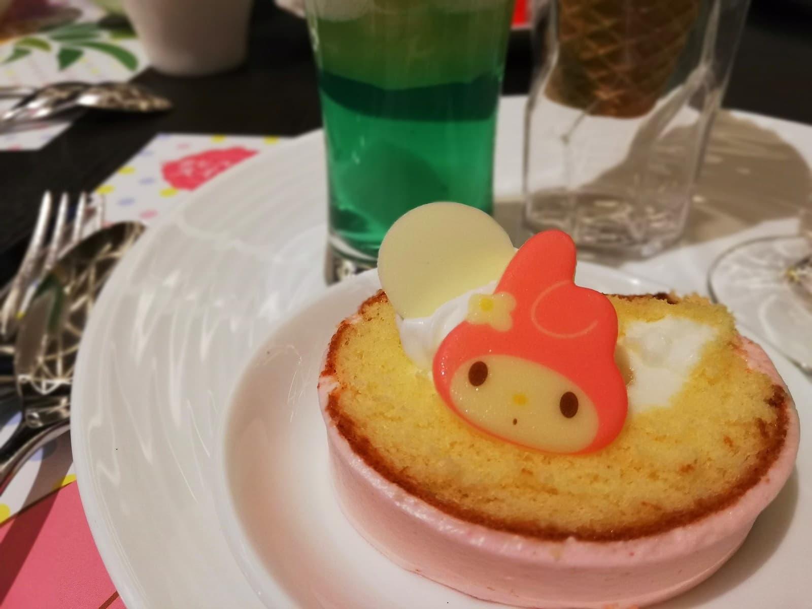 キャンディーロールケーキ