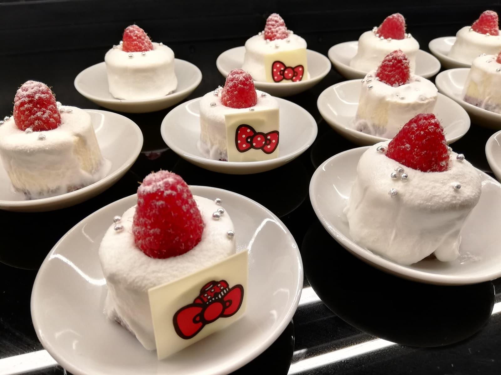 ホワイト・キャンドルケーキ