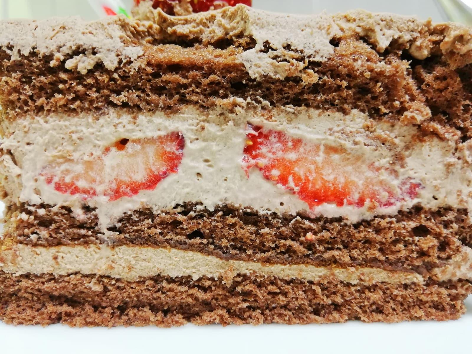 ツマガリのクリスマスケーキの断面