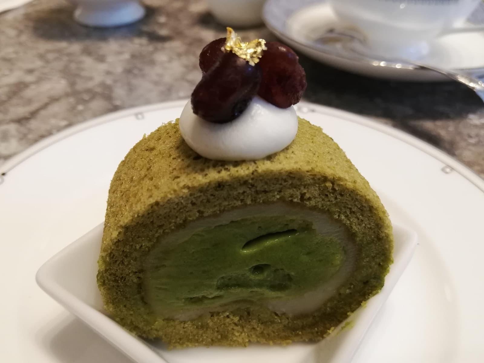 柚子八女茶ミルクロールケーキ